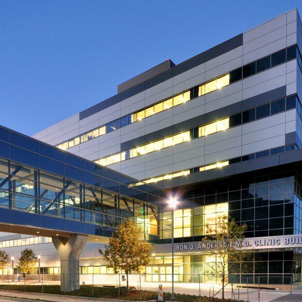 02-Parkland Hosp - RonJAnderson Clinic - Ext1